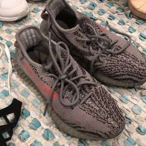 Shoes - Yeezy size 6